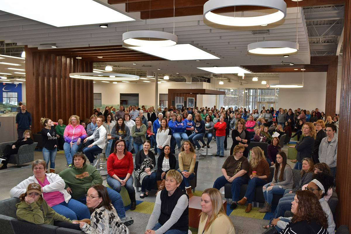 Halo employees gathered at the Sterling Illinois headquarters